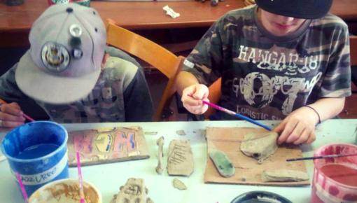 Napoli Cresce: i lab di ceramica che danno forma alle idee dei ragazzi